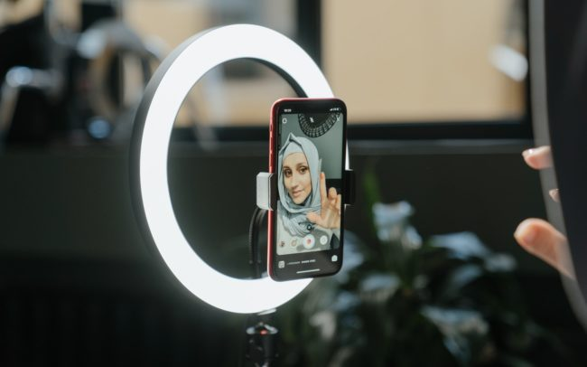Influencer ring light
